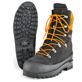 ADVANCE GTX chain saw boots