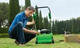 Kultivování trávníků a půdy