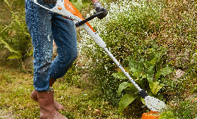 Akkutuotteet pieniin puutarhoihin