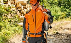 Skyddsjacka och skogsjacka