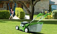 Bensingräsklippare för större gräsmattor