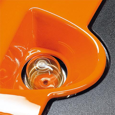 Manual fuel pump