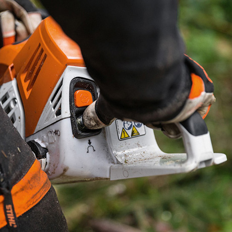 Oil Change Special >> MS 500i - Innovative new chainsaw with electronically controlled fuel injection
