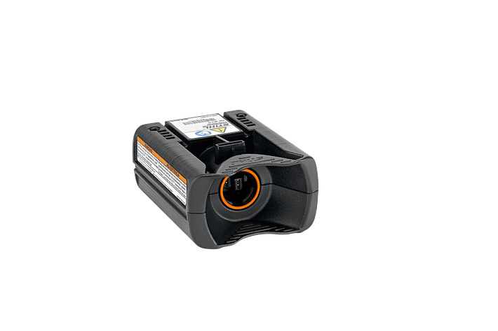 RMA 765 V Cordless Lawn Mower - battery and charger set
