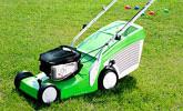 Koszenie trawników o powierzchni  do 800 m² kosiarką spalinową