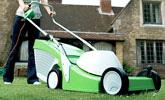 Koszenie trawników o powierzchni  do 800 m² za pomocą kosiarek elektrycznych