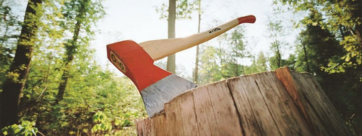 Trabalho florestal e para o corte de madeira
