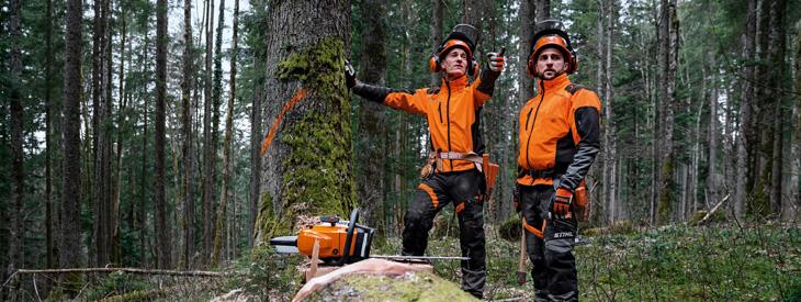 Antyprzecięciowa odzież do pracy w lesie
