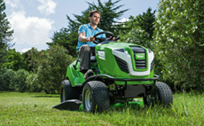 T4 Series - side discharge for lawns up to approx. 8000m²