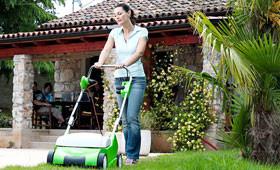 Elektrické a benzínové provzdušňovače trávníků