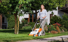 COMPACT Cordless mowers