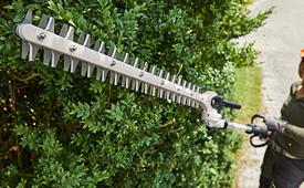 Baterijske teleskopske makaze za živu ogradu