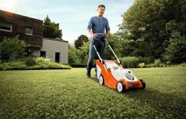 PRO Battery Electric Lawnmowers