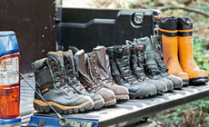 Cut-resistant chain saw boots