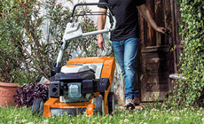 Petrol lawn mowers for large lawns