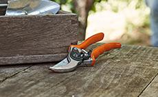 Bypass & anvil secateurs