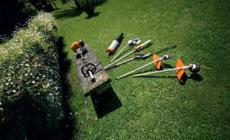 Ferramentas multifuncionais para conservação e jardinagem profissional