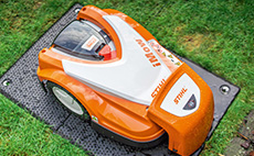 iMOW®  - the robotic lawn mower from STIHL