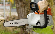 Innovative new Cordless Chain Saws