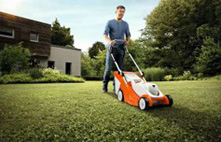 PRO Battery Electric Lawnmowers